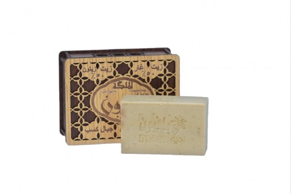 Aleppo Seife mit Holzbox / 30% Lorbeeröl - 70% Olivenöl